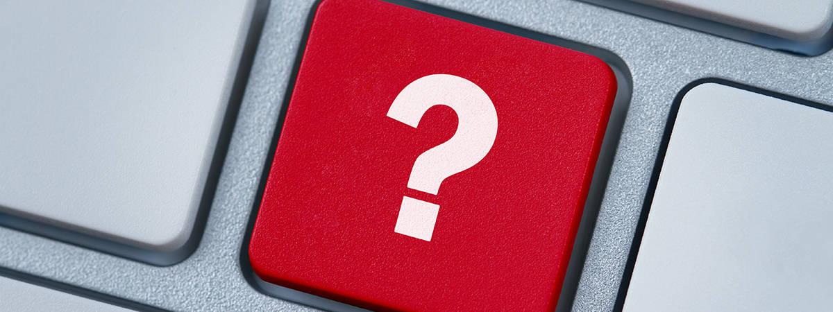 כפתור סימן שאלה בצבע אדום במקלדת